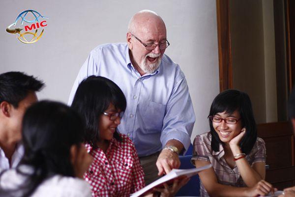 giáo viên nước ngoài 912