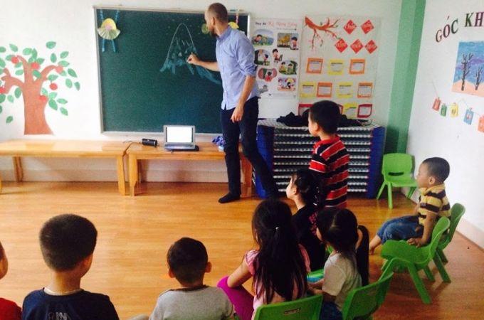 cung cấp giáo viên bản ngữ cho trường học 79