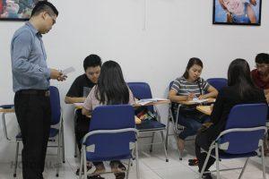 Những lợi ích bất ngờ khi chọn giáo viên bản ngữ dạy tiếng Anh du học