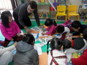 Những hạn chế và cách khắc phục khi học Tiếng Anh với Giáo viên nước ngoài