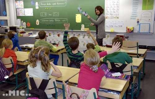 (Tiếng Việt) Giáo viên Tiếng Anh thiếu trầm trọng tại nhiều trường tiểu học