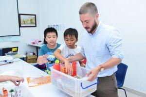 tiêu chí chọn giáo viên nước ngoài