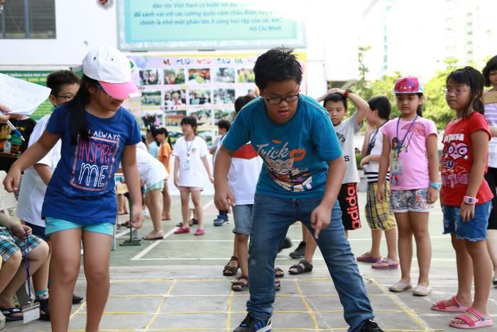 giáo viên nước ngoài tổ chức hoạt động hè 2017