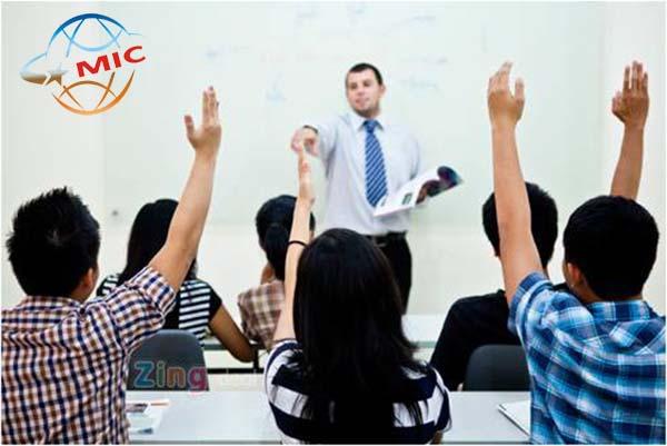 ngại nói tiếng anh vớ giáo viên bản ngữ 12