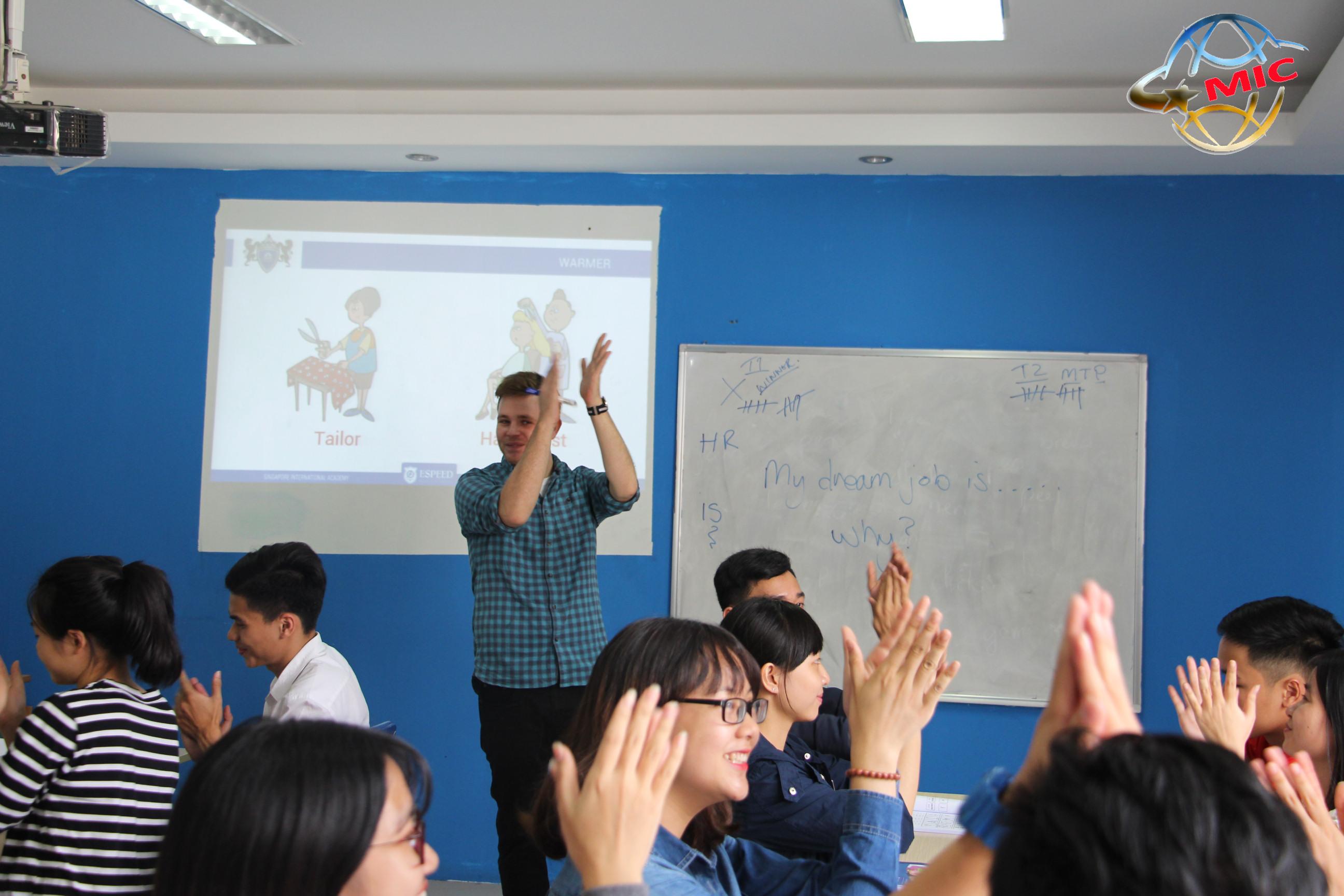 Cung cấp giáo viên nước ngoài trên toàn quốc