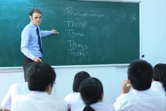 Giáo viên bản ngữ dạy tiếng anh xu hướng thời đại mới