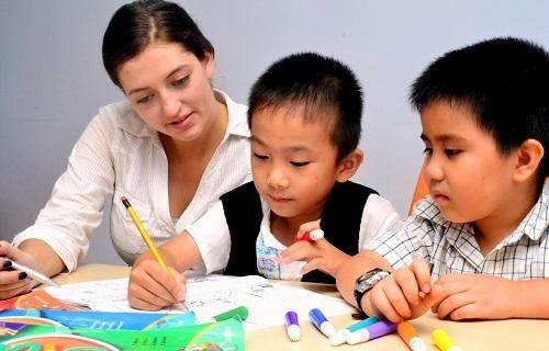 """Thanh Hóa: Gần 1.200 giáo viên tiếng Anh bị """"triệu tập"""" để kiểm tra năng lực"""