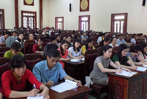 (Tiếng Việt) Tuyển dụng giáo viên tiếng anh tại TP HCM: 3 chọn 1