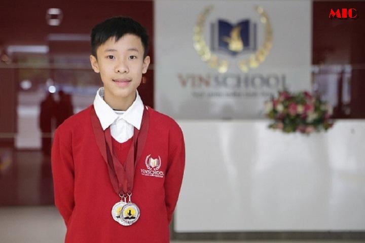 Nam sinh lớp 9 chinh phục 8.0 IELTS khi tự học tiếng anh tại nhà