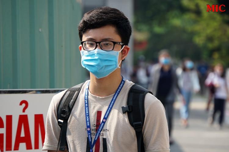 (Tiếng Việt) Dự kiến 30.000 sinh viên được đến trường vào tháng 4 sau Covid-19