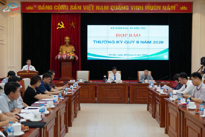 Bộ GD-ĐT họp báo thống nhất thời gian khai giảng cả nước ngày 5-9