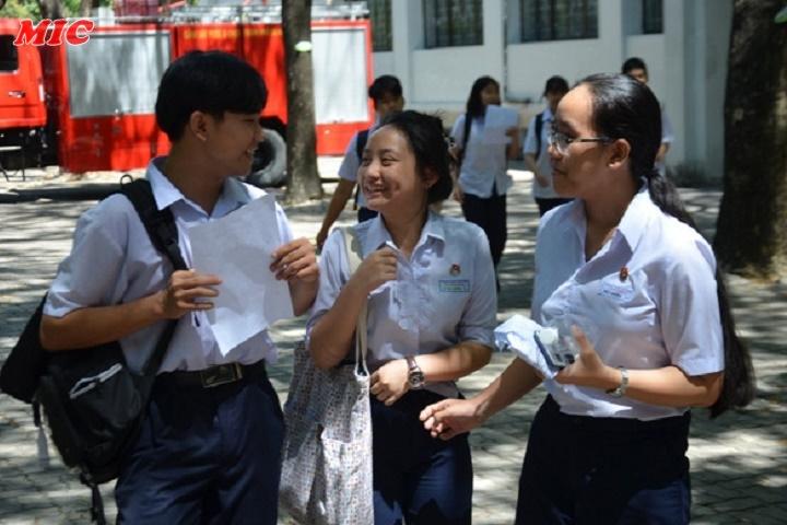 (Tiếng Việt) Nhiều thí sinh đạt điểm 10 môn tiếng Anh và Toán tại Đà Nẵng