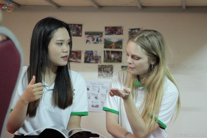 Bí quyết chinh phục tiếng Anh với cô gái qua khóa học 1 thầy 1 trò