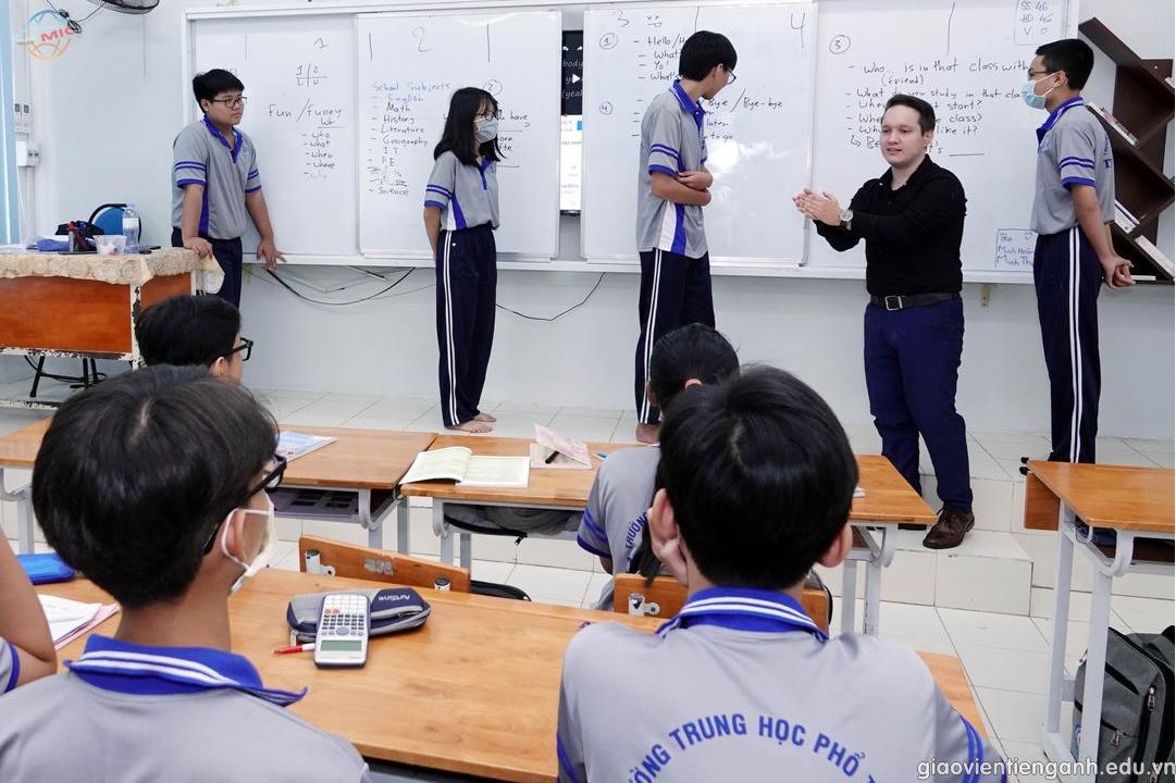 Chọn giáo viên Tiếng Anh tại các trung tâm anh ngữ cần có điều kiện gì