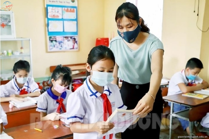 Cả nước thiếu giáo viên tiếng Anh tiểu học trầm trọng