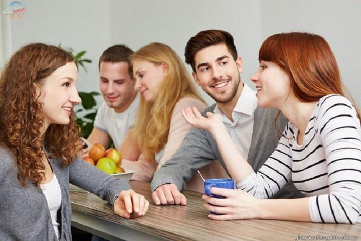 Nên luyện giao tiếp tiếng Anh giọng Mỹ hay giọng Anh?