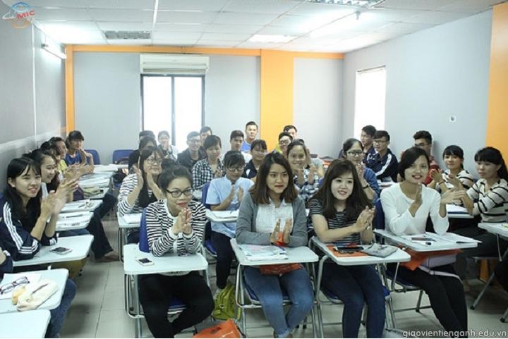 Nghề giáo viên giảng dạy tiếng Anh liệu có thu nhập khủng